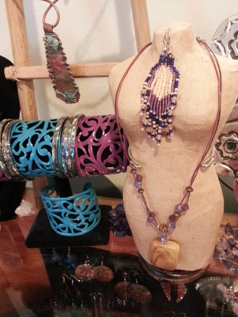 Gifts, Jewelry, Southwestern Jewelry, Eye on the Mountain Gallery, Artist, Art